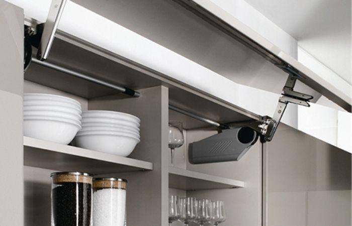 доводчики на кухонную мебель